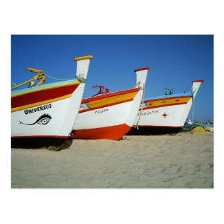 Bateaux de pêcheurs dans Algarve Carte Postale