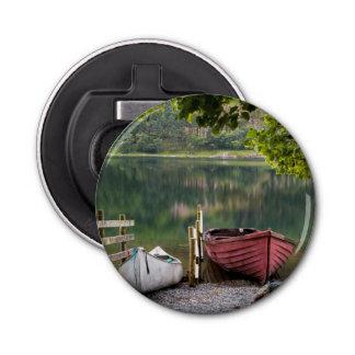 Bateaux le long du rivage du lac Buttermere