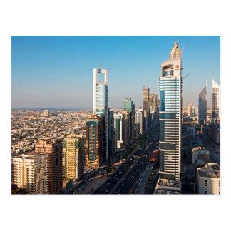 Bâtiments le long de cheik Zayed Road, Dubaï Cartes Postales