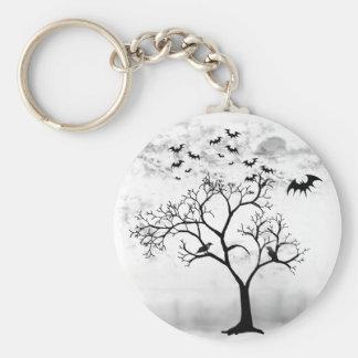 Battes et corneilles de Halloween dans l'arbre Porte-clés