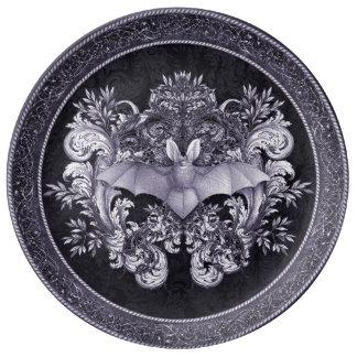 Battes et plat gothique de remous assiettes en porcelaine