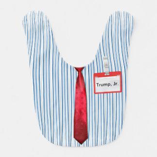Bavoir Filets bleus, cravate rouge de puissance,