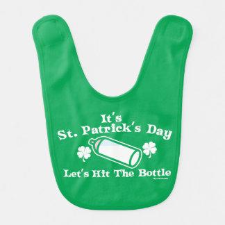Bavoir Le jour | de St Patrick nous a laissés frapper la