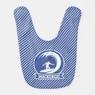 Bavoir Surfer sur les rayures bleues et blanches