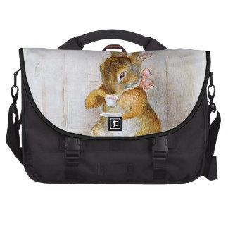 Beatrix Potter : Thé potable de fille de lapin Sacs Ordinateurs Portables