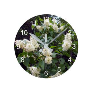 Beau Bush lilas blanc Horloge Ronde