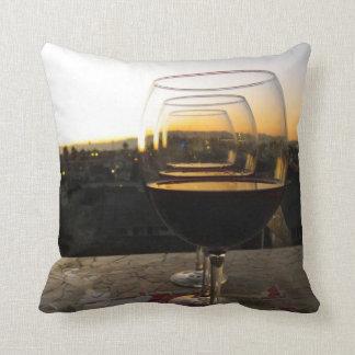 Beau coussin de vin et de coucher du soleil !