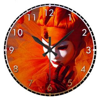 Beau harlequin grande horloge ronde