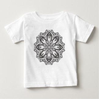 Beau mandala t-shirt pour bébé
