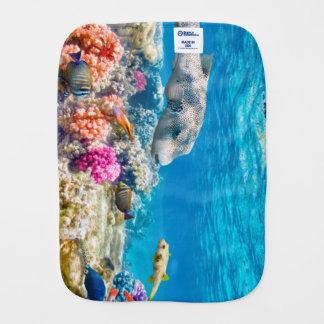 beau monde sous-marin de poissons, cabot de douche linge de bébé