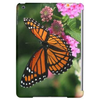 Beau papillon sur la fleur de Lantana