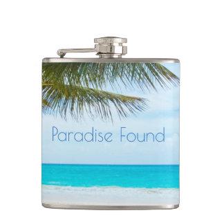 Beau paradis trouvé flasques