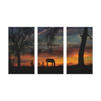 Beau triptyque de toile de cheval et de chêne
