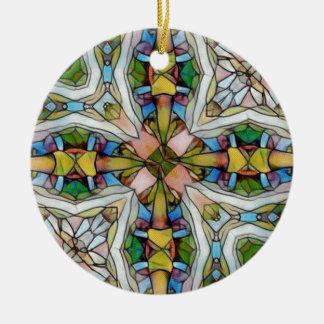 Beau verre souillé cruciforme inspiré ornement rond en céramique
