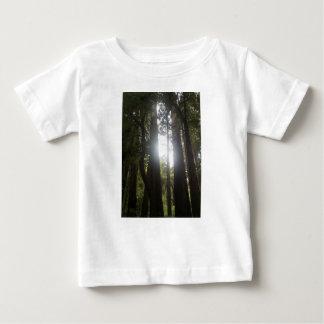 Beauté de forêt t-shirt pour bébé