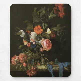 Beaux-arts floraux avec des roses tapis de souris