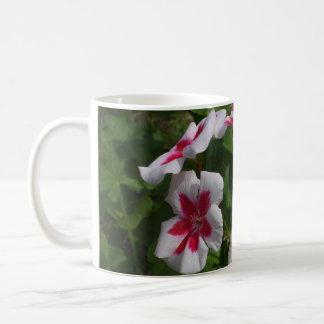 Beaux pétunias mug