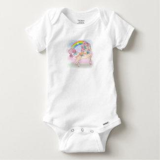 Bébé caracolant Gerber C de poney et d'arc-en-ciel T-shirts