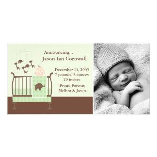Bébé dans des annonces de naissance de photo de carte avec photo