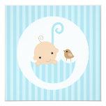 Bébé dans le baby shower bleu de parapluie invitation personnalisée
