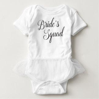 Bébé du peloton de la jeune mariée body