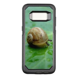 Bébé escargot sur la feuille avec Waterdrops Coque Samsung Galaxy S8 Par OtterBox Commuter