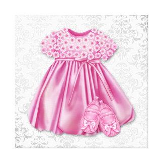 Bébé gris et rose de robe de rose de robe de damas toile tendue