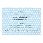 Bébé mignon, sur le modèle de point bleu de polka carton d'invitation 8,89 cm x 12,70 cm