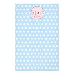 Bébé mignon, sur le modèle de point bleu de polka papier à lettre customisable