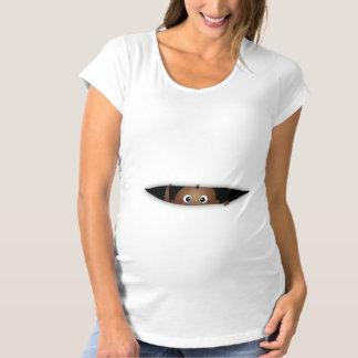 Bébé sur le T-shirt de grossesse de manière