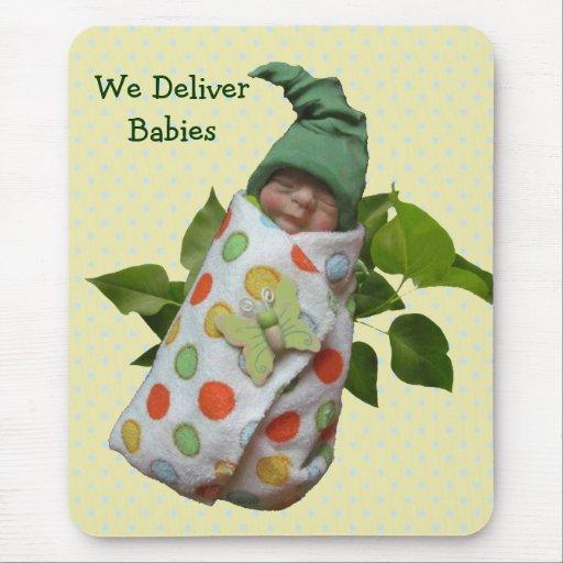 Bébés en argile : Sage-femme, médecins : Livrez le Tapis De Souris