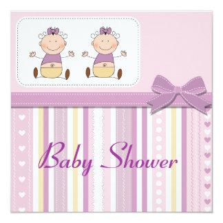 Bébés et baby shower jumeaux de rayures carton d'invitation  13,33 cm