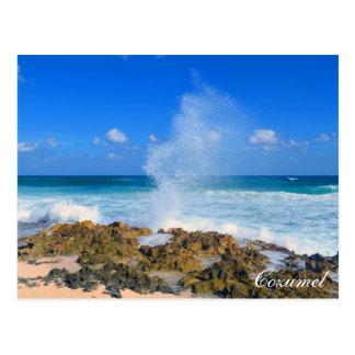 Bec d'eau d'éclaboussure de vague de plage de cartes postales