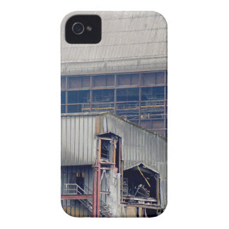 Being Destroyed Factory 2 Coque Case-Mate iPhone 4