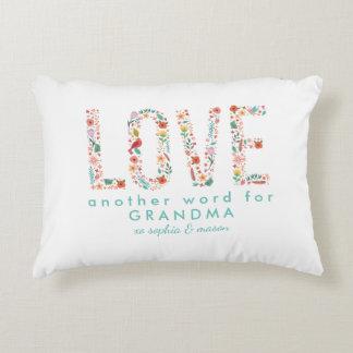 Bel amour floral un autre mot pour la grand-maman coussins décoratifs