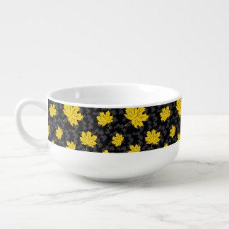 Bel arrière - plan d'automne mug à soupe