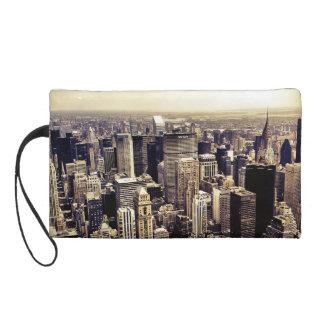 Bel horizon de gratte-ciel de New York City Pochettes Avec Dragonne