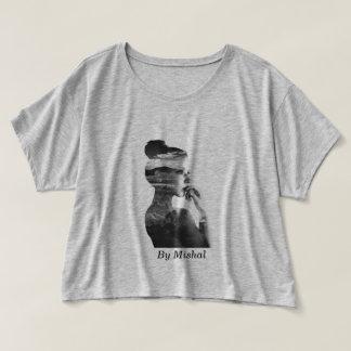 Bella des femmes+T-shirt Boxy de dessus de culture T-shirt