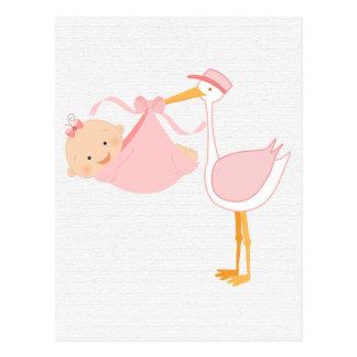 Belle cigogne de roses pâles, c'est une fille ! carte postale
