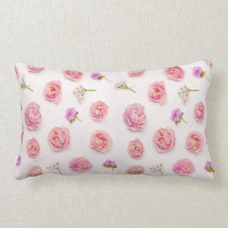 Belle composition florale coussin rectangle