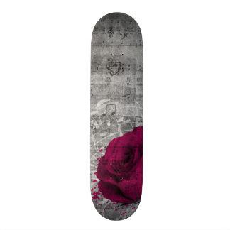 Belle éclaboussure antique de peinture de rose de  skateboards customisés