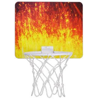 Belle éruption volcanique la nuit mini-panier de basket