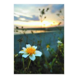 belle fleur carton d'invitation  12,7 cm x 17,78 cm