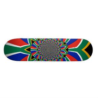 Belle planche à roulettes de drapeau de l'Afrique Skateboard