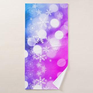 Belle serviette de Noël avec des flocons de neige
