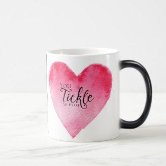 belle tasse de coeur et de conception de lèvres de