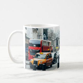 Belle tasse d'image de Londres
