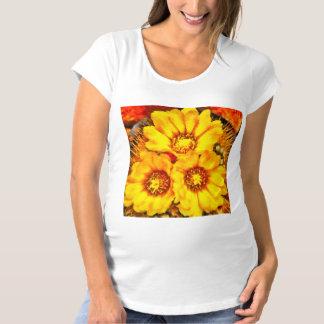 Belles fleurs jaunes lumineuses T-Shirt de maternité