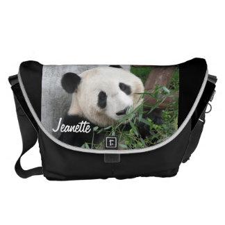 Besaces Panda, arrière - plan noir, grand sac messenger