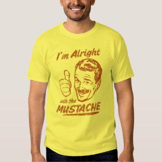 Bien avec la chemise de moustache t-shirts